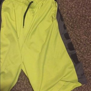 NIKE ELITE  BOYS SHORTS
